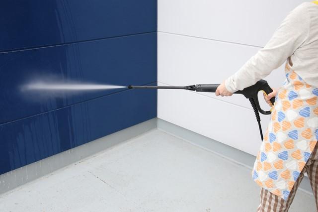 外壁塗装の洗浄方法