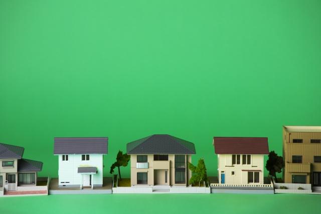 戸建ての家々