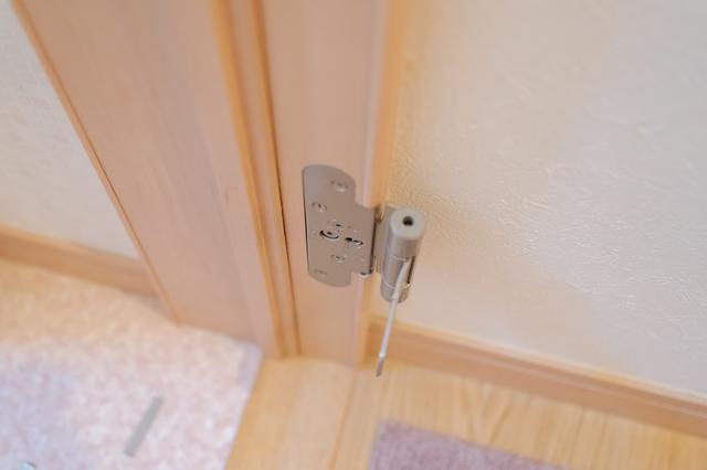 玄関ドアの交換にかかる費用